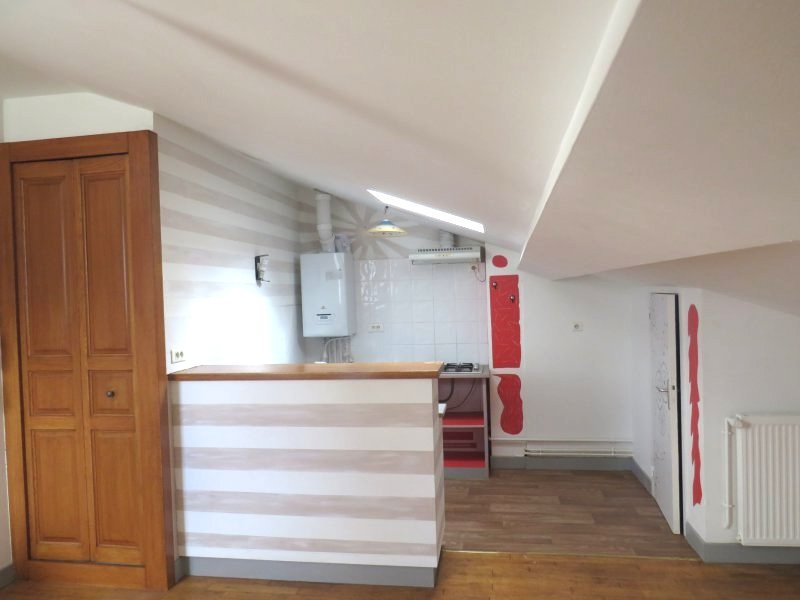 Location studio non meubl de 25 m2 centre ville de for Location non meuble