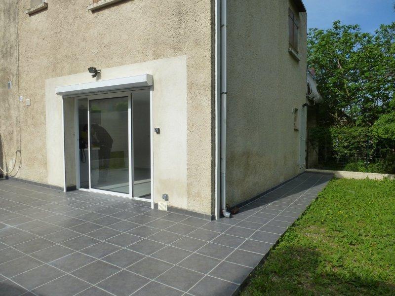 Location AUBAGNE - Secteur calme - Trés beau Type 2 en rez de jardin - Aubagne 13400, Bouches-du ...
